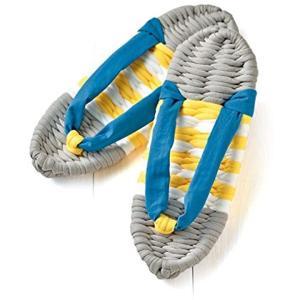 初心者向けの簡単手づくりキットです。  やわらかい履き心地のカラーリンガおしゃれな布草履です。  用...