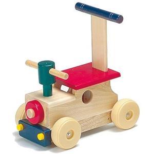 1歳頃からは身体を動かすことが一番の喜びの表現 お子さまの成長が著しい時期には安全な日本製の木製乗用...