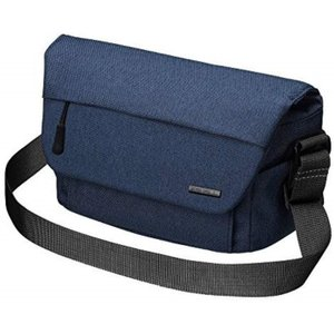 ・表生地に表情のあるポリエステル素材を採用したメッセンジャーバッグ。 ・ノンレフレックスカメラ(ミラ...