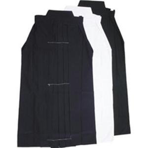 上製テトロン袴(紺・黒・白)  刺繍ネーム:3文字まで無料、追加一文字150円になります。 刺繍文字...