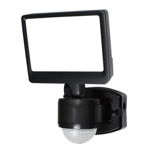 ELPA(エルパ) 屋外用LEDセンサーライト AC100V電源(コンセント式) ESL-SS421...