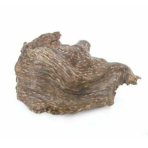 ベトナム産のシャム沈香です。香りに甘味と辛味が感じられ清涼感があるのが特徴です。  ・産地/ベトナム...