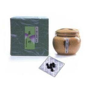 沈香、白檀を贅沢に使用した高級感のある香りです。  ・メーカー/日本香堂 ・内容量(約)/30g ・...