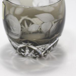 大倉陶園×カガミクリスタル 12カ月グラス 2月冷酒杯 椿|i-matsumoto|05