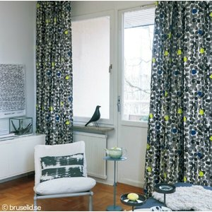 サンゲツ(マリールイス・ヘルグレン/スウェーデン)北欧デザイナーズカーテン SC3282 巾100×丈121〜140cm(2枚入) SS縫製仕様 約1.5倍 2つ山ヒダ i-read