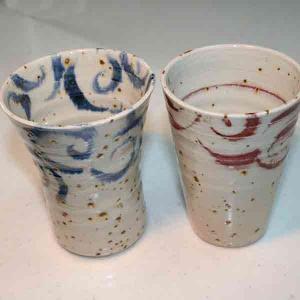 信楽焼 赤カラクサ、青カラクサ ペアフリーカップ|iga-ichi
