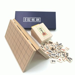 囲碁ラボオリジナルP製根付け2個付 新桂4号折将棋盤と優良押将棋駒木製将棋セット