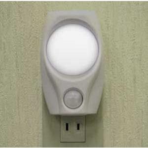 ELPA LEDセンサーライト PM-L200W iigsp