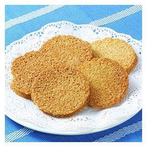 ガレット風に焼き上げたアーモンドクッキーにクーベルチュールホワイトチョコレートをサンドした焼き菓子で...