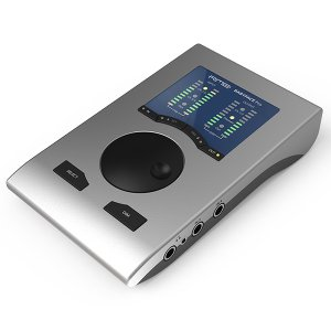 BabyfaceProは、新たにデザインされたアナログ回路とデジタル回路により、全高調波歪み率、ダイ...