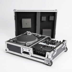 MAGMA SCRATCH SUITCASE (セール特価)|ikebe