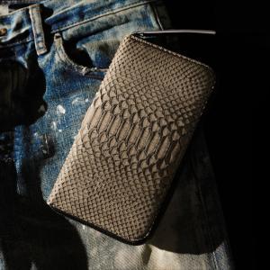 【池田工芸】昇運パイソン×「幸福のグレー」のパイソン財布 Diamond Python Long Wallet《トゥルティエールグレー》【6月10日頃出荷】|ikedakohgei