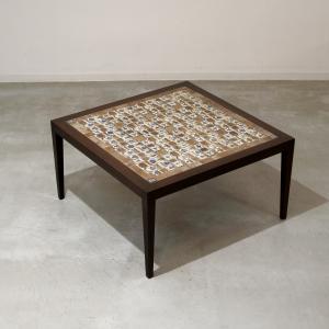 Royal Copenhagen デザイナーズ/タイルトップ/コーヒーテーブル/サヴァリン・ハンセンJr/BACA/バッカ UD9241 ikeikakunet