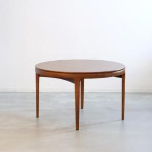 DT2223 ラウンドダイニングテーブル(チーク・Φ119cm)CJ ROSENGAARDEN 北欧ヴィンテージ家具 ikeikakunet