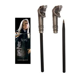 人気映画「ハリーポッター」に登場するルシウス・マルフォイが愛用する杖を模ったボールペン(1本)とブッ...
