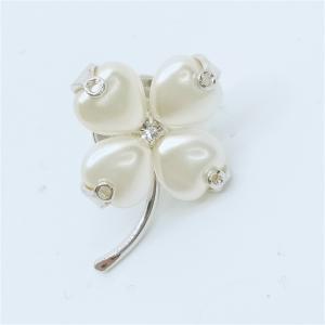 (イマック) imac バッジ パール クローバー ホワイト 144421 imac-jewelry