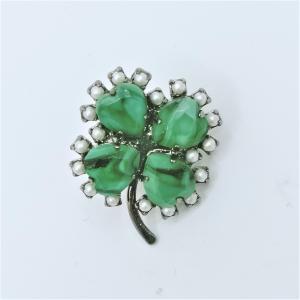 (イマック) imac バッジ ボヘミアングラス クローバー グリーン 135139 imac-jewelry
