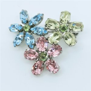 (イマック) imac ブローチ ラインストーン フラワー パステルカラー 150997|imac-jewelry