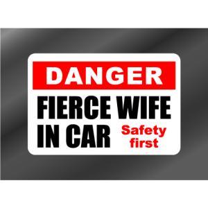 FIERCE WIFE IN CAR 怖い奥さん IN CAR ステッカー|imagine-style