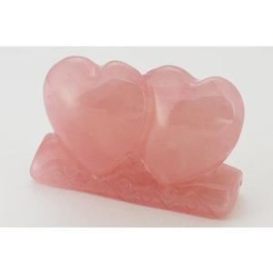 ローズクォーツは「愛の女神の石」と言われ、恋愛で強いパワーを発揮する石です。心を癒し、優しいオーラへ...
