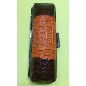 印鑑ケース ワニ革 高級皮革 こだわり 天然素材一点もの 直径16.5mm〜18mm丸×60mm丈 寸胴用 保管と携帯朱肉入り ギフトラッピング対応|insho-ueno