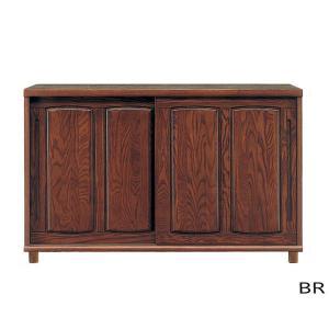 アッシュ材の木目が美しい幅150cmの大容量シューズボックスです。扉の開閉が邪魔にならない引き戸タイ...