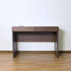 デスク 机 木製 コンセント付き 幅105cm 机単品 引き出し付き interior-more