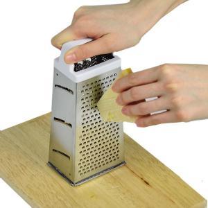 おろし器 チーズ用 チーズロワイヤル エッチング4面チーズグレーター ( チーズおろし器 チーズ削り...