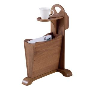 便利機能を追及したユニークな形のサイドテーブルです。世界三大銘木に数えられる天然木ウォルナット(突板...