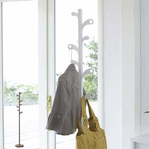 柔らかな曲線をえがくリーフがお部屋にあたたかさとおしゃれ感を与えます。リーフ(葉)にお花を飾るように...