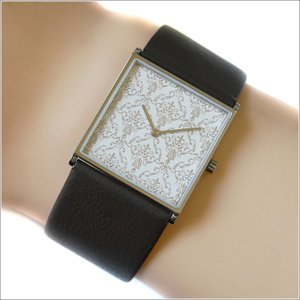 エービーアート a.b.art 腕時計 2013年 限定モデル DAMASK-E ホワイト文字盤 24mm×24mm ブラウン カーフレザーベルト クォーツ ippin