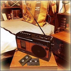 ラジカセ カセットデッキ 木目調 クラシカルラジカセ FM AM ラジオ カセット カセットテープ 再生 プレーヤー クラシカル レトロ デザイン チコニア TY-1710|iristopmart123