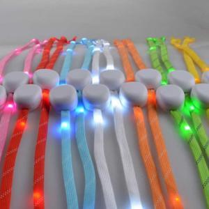 光る靴ひも ナイトラン グッズ  光る くつひも 光るおもちゃ パーティーグッズ お祭り 縁日 夏祭り 光物玩具|ishi0424