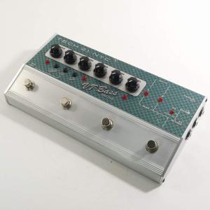 VT Bass Deluxeは、クリーンで太いSVT サウンドから、地を揺らすようなダーティーなサウ...