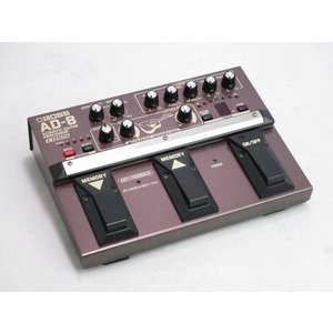 AD-8は、アコースティック・ギター本来の美しい響きをモデリング技術によって再現するプロセッサーです...