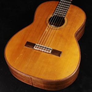 ホセ・ヤコピ、1983年製クラシックギターが入荷しました! ボサノバ、ジャズなどを演奏するギタリスト...