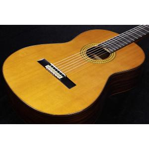 オール単板、シダーTOP、ローズSIDE/BACKのガットギター! スペインの伝統的製作技術とヤマハ...