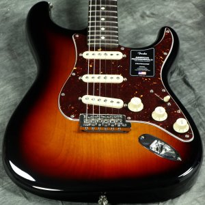 Fender/ American Professional II Stratocaster Rosewood Fingerboard 3-Color Sunburst フェンダー《純正ケーブル&ピック1ダースプレゼント!/+661944400》【S/N US20070743】