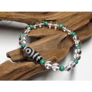 ●天珠とは● 天珠は数千年前の古代からチベットに伝わる聖なるお守りの宝石です。 チベットには天珠はこ...