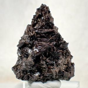斧石 アキシナイト 尾平鉱山 鉱物 標本 原石 写真現物 動画あり|ishinomise