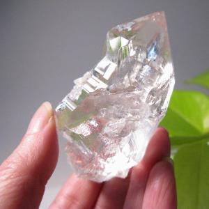 ヒマラヤ:ガネーシュヒマール産:水晶ナチュラルポイント:No.4/レコードキーパー/レインボー(天然石・パワーストーン)送料無料|ishiya