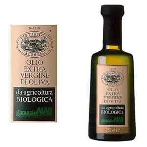有機栽培されたオリーブを使用した若草の香り高いオリーブオイルです。  地中海のサルデーニャ島の清らか...
