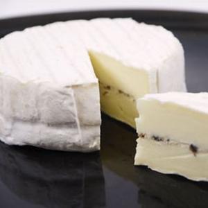 チーズ オルトラン トリュフ入りチーズ 135g フランス産 白カビチーズ italiatanicha2