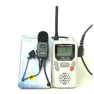 F.R.C インカム/特定小電力トランシーバーFC-S20(R)と高音質・高品質の業務用イヤホンマイクを超お得にセット(送料無料) itax