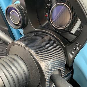 アバルト 500/595/695カーボンコラムカバー by THREE HUNDRED|itazatsu