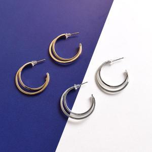 [アクセサリー]【Metal Moon Shaped charm Stud Earring 】メタル...