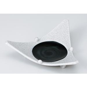 [向付特選] 黒モコ玉付三角皿|itibei