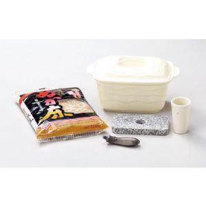 〔四日市万古焼 ぬか漬器〕 ホワイト ミニぬか漬セット(ぬか床500g1袋付)|itibei