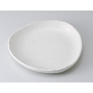 〔パスタ皿 美濃焼〕白釉砂目三角大皿|itibei