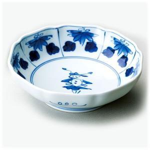 〔和皿・洋皿 有田焼〕 青花 花と人形 八方割5寸多用鉢|itibei